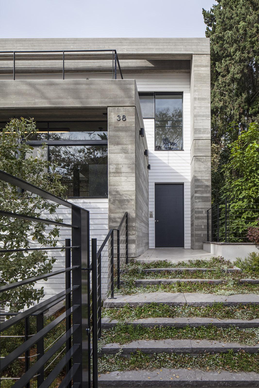 Zahala Residence II - Entrance 1