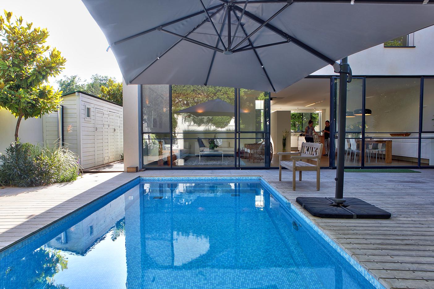 House in Ra'anana - Pool 1