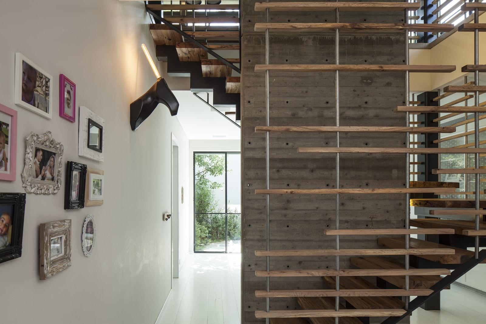 Zahala Residence II - Staircase 2