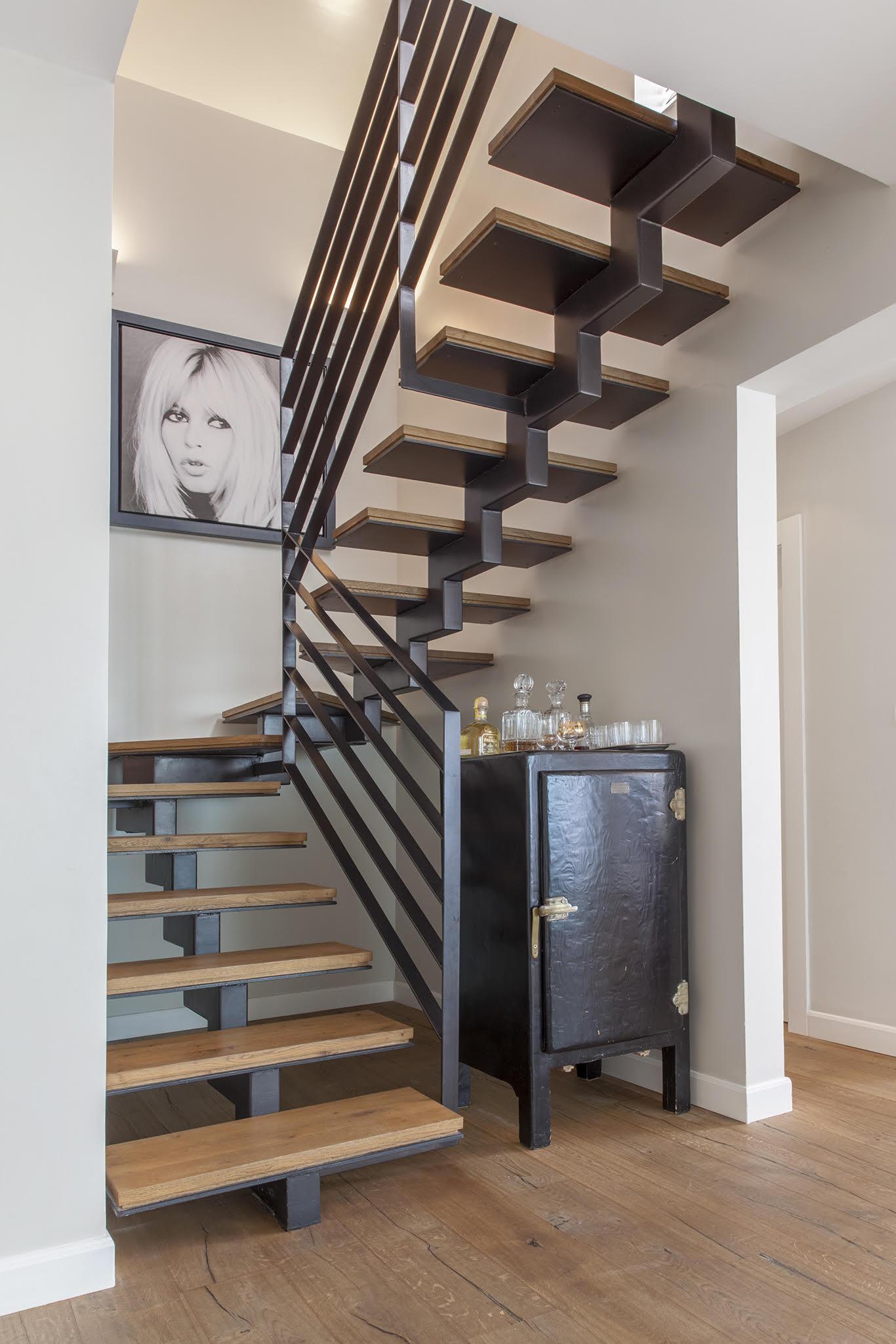 Zahala Residence III - Staircase 2
