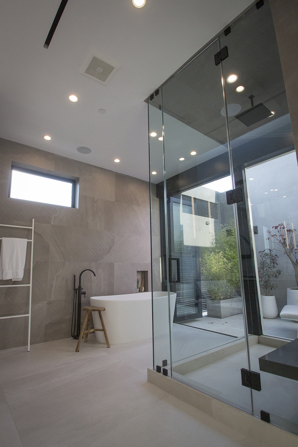 Maryland Drive House - Bathroom 5