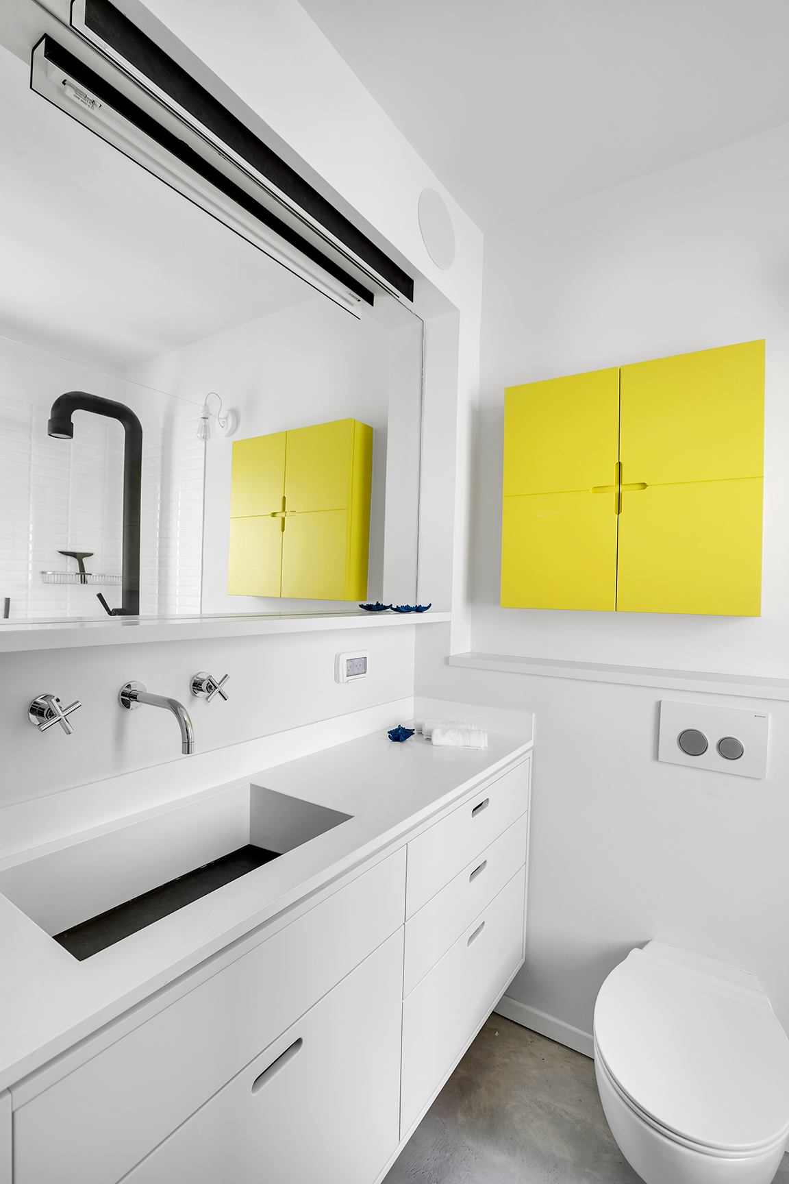 Herbert Samuel - Bathroom 1